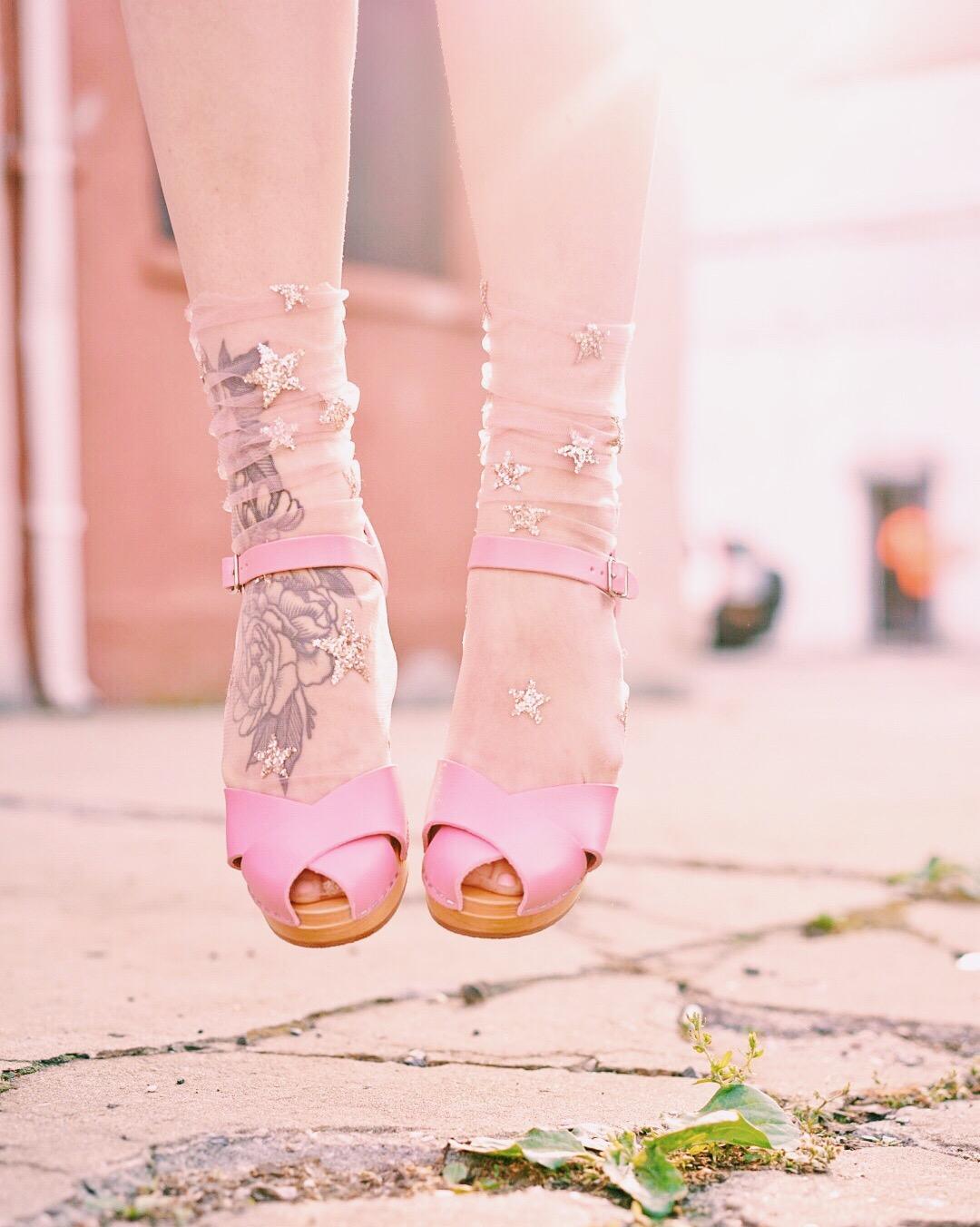 swedish hasbeens and lirika matoshi tulle star socks