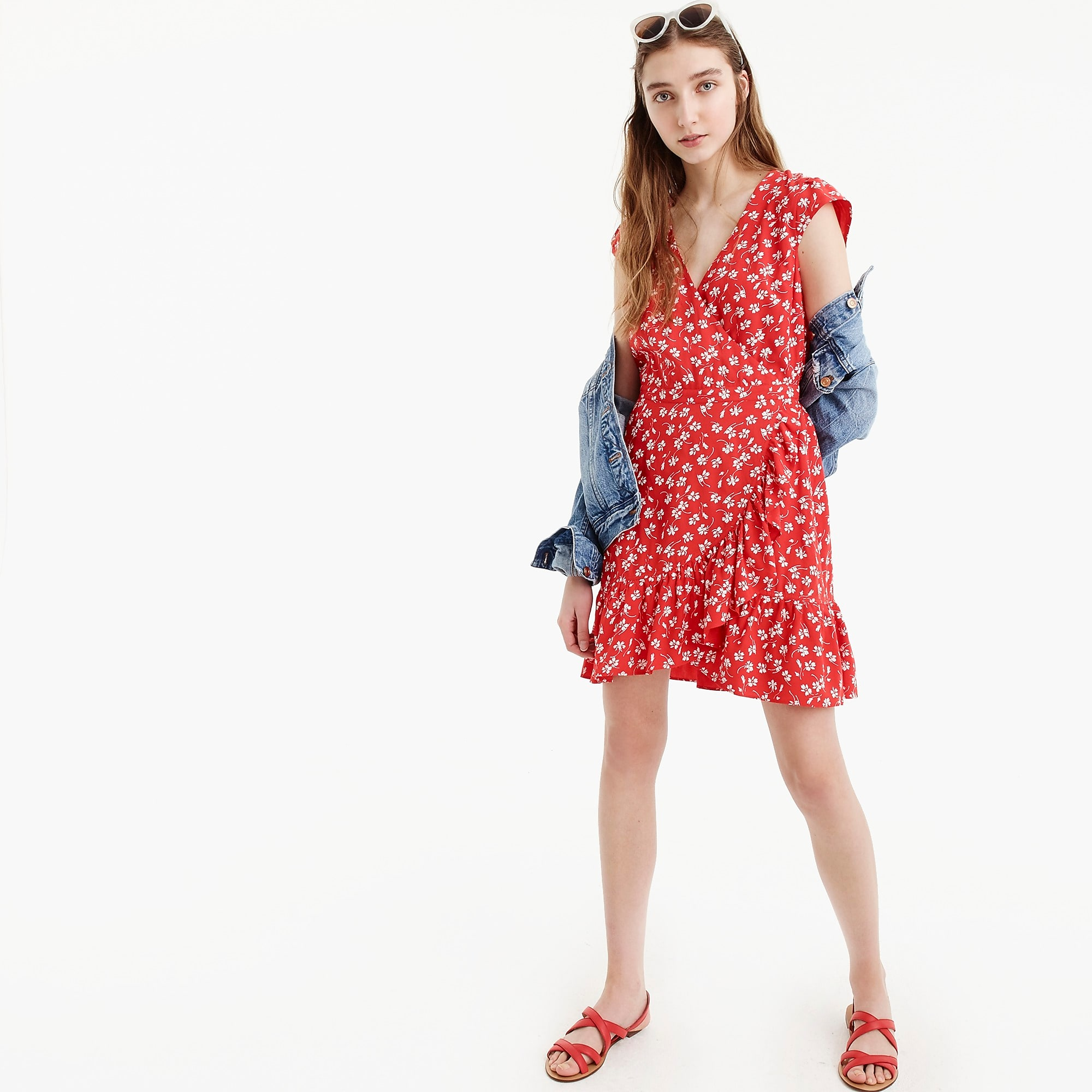 Memorial Day Sales J.Crew: 40% off all purchases with code GETAWAY