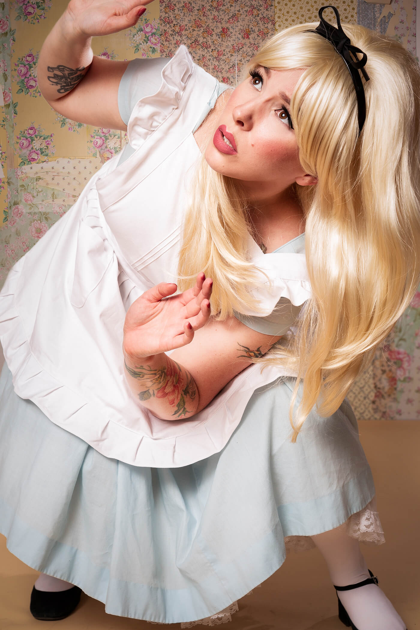 Alice In Wonderland halloween costume keiko lynn